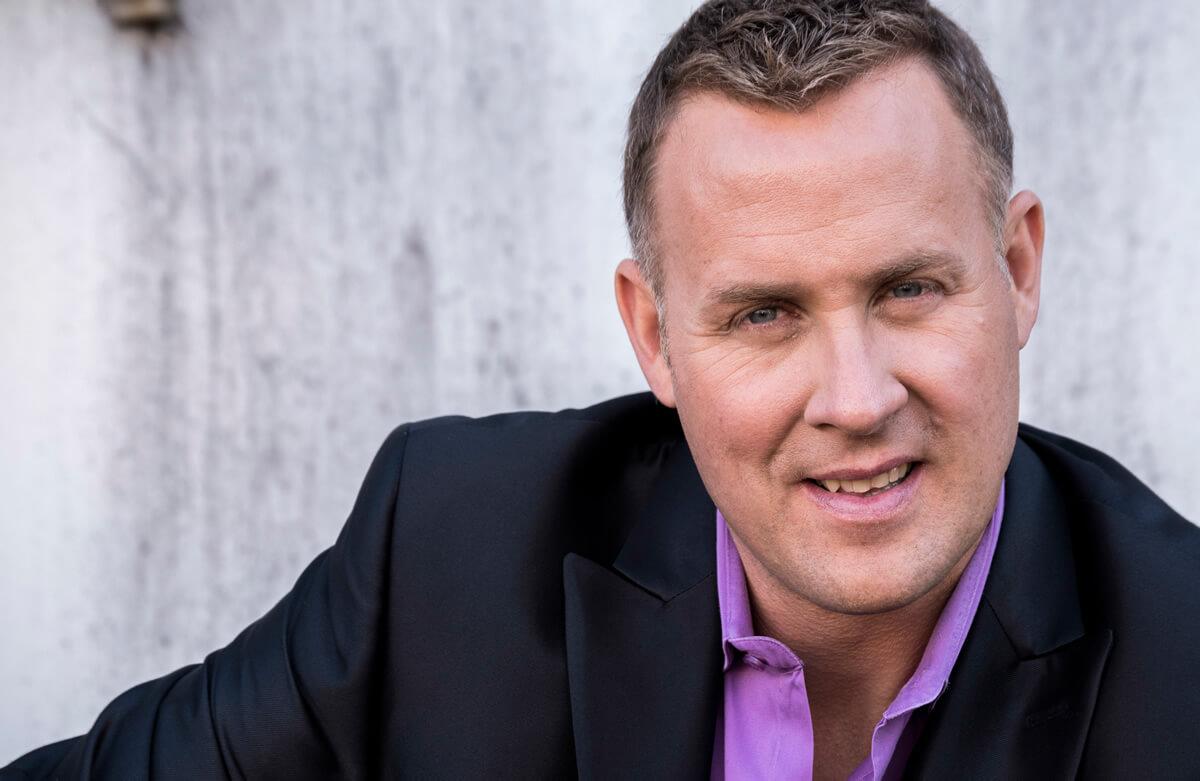 World Class Professional Speaker & Corporate Trainer Darren Jacklin